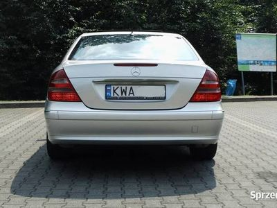 używany Mercedes E270 W211 Avantgarde Bezwypadkowy,Prywatnie
