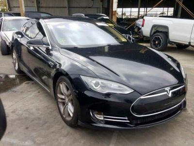 używany Tesla Model S 0dm 235KM 2013r. 94 600km