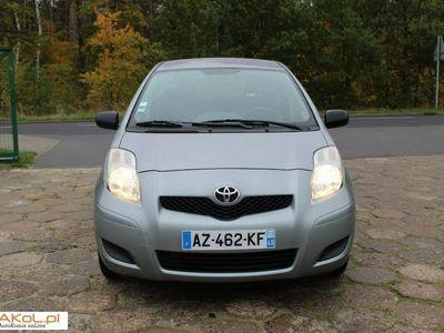 używany Toyota Yaris 1dm 70KM 2010r. 77 924km