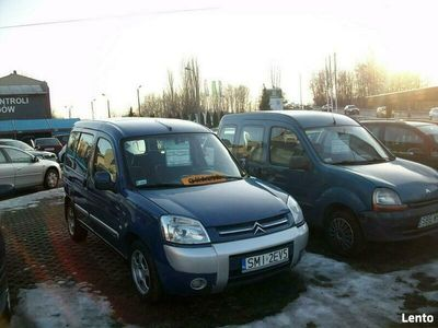 używany Citroën Berlingo 2dm 90KM 2003r. 329 000km