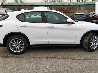 używany Alfa Romeo Stelvio rabat: 28% (66 250 zł)