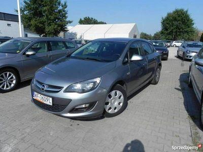 używany Opel Astra 1.6dm 110KM 2015r. 123 756km