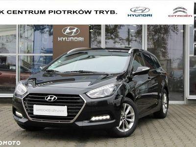 brugt Hyundai i40 1.7dm3 115KM 2016r. 174 100km 1.7 CRDI 115KM Wagon Comfort Od Dealera Salon PL 1 wł. FV23%