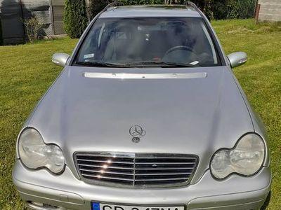 używany Mercedes 180 klasa C W203kompressor