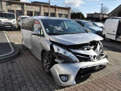 używany Toyota Corolla Verso 2dm 123KM 2013r. 45 000km
