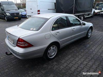 używany Mercedes C240
