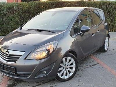 używany Opel Meriva B 1.4 T Cosmo Benzyna + Gaz Niski przebieg