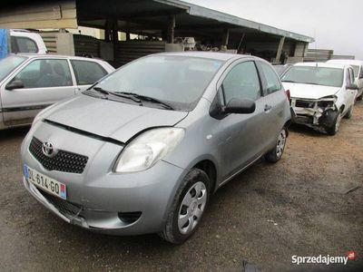 używany Toyota Yaris II DL614