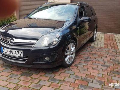 używany Opel Astra 1.8 Benz Navi Xenon Grzane fotele Sport