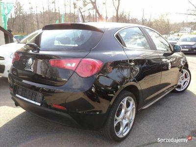 używany Alfa Romeo Giulietta Turismo Distinctive 1.4 Turbo 170 KM Klimatronic Navi Bi-Xenon Kredyt