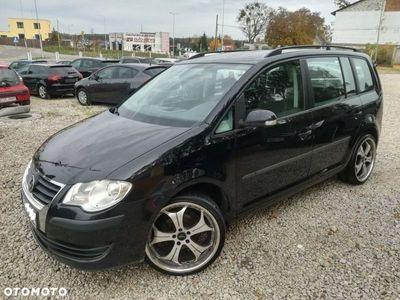 używany VW Touran 1.9dm 105KM 2007r. 297 000km