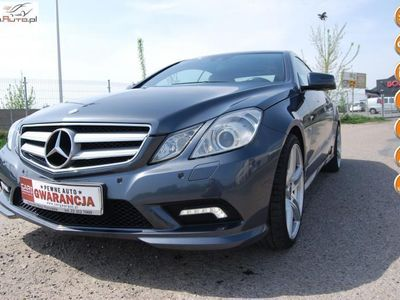 używany Mercedes E250 1.8dm3 204KM 2011r. 111 254km ABS automatyczna klima.