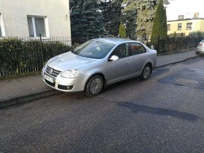używany VW Jetta 1.6dm 105KM 2010r. 212 500km