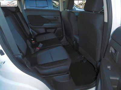 używany Mitsubishi Outlander 2dm3 150KM 2018r. 1 000km INVITE PLUS