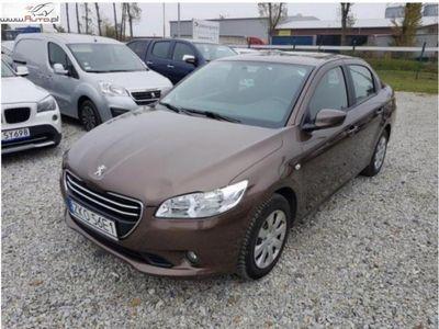używany Peugeot 301 1.6dm3 115KM 2015r. 35 093km ABS ręczna klima.