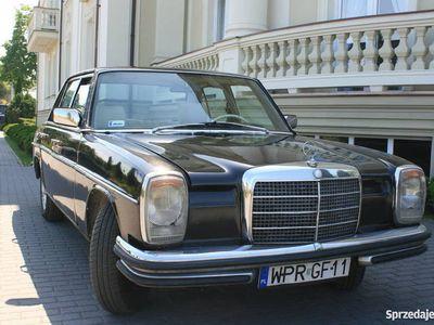 używany Mercedes W115 NISKI PRZEBIEG