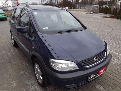 używany Opel Zafira A