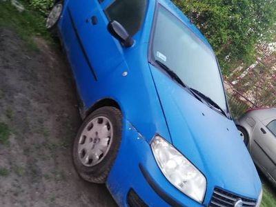 używany Fiat Punto 1.2 60KM 2004r. gaz tanio