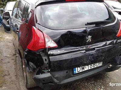 używany Peugeot 3008 premium 1,6 benzyna ,uszkodzony lekko tył