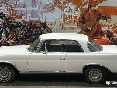 używany Mercedes W111 Mercedes220 SE Coupe rok produkcji 1963