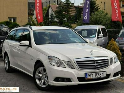 używany Mercedes E200 2.1dm 136KM 2010r. 187 000km
