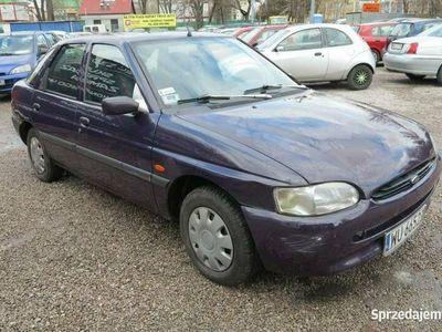 używany Ford Escort !!! Bemowo !!! 1.3 benzyna, 1998 rok !!! KOMIS TYSIAK !!! Mk7 (1995-1999)
