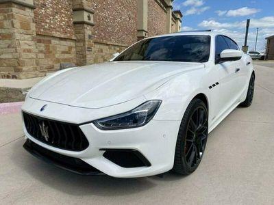 używany Maserati Ghibli 3dm 410KM 2018r. 29 252km