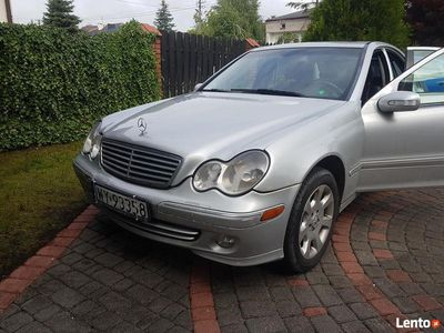 używany Mercedes C240 4 matic