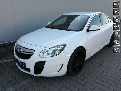 używany Opel Insignia 2.8dm 325KM 2010r. 116 000km