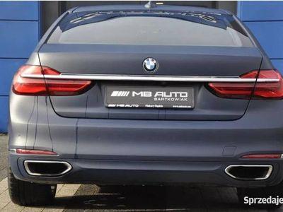 używany BMW 750 i Benzyna 450 KM X-Drive