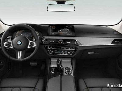 używany BMW 530 530 i xDrive Sedan Sport Line   Zawieszenie adaptacyjne (EDC) G30 (2017-)