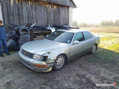 używany Lexus LS400 1997 na części