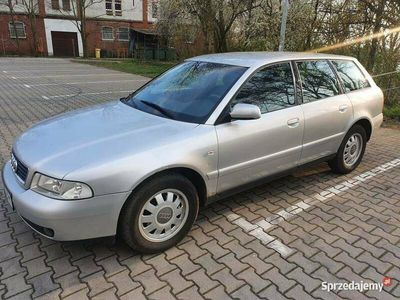 używany Audi A4 1.8 B5 2001