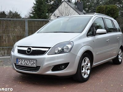 używany Opel Zafira B
