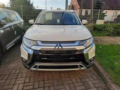 używany Mitsubishi Outlander OutlanderIntense Comfort 2.0 150 KM CVT 4WD