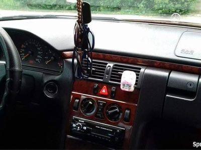 używany Mercedes 290