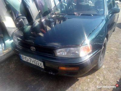 używany Toyota Camry 3.0 1996