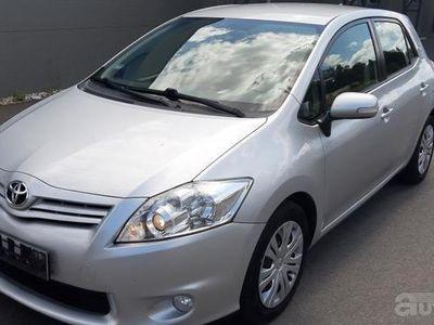 używany Toyota Auris 2012R. 1,6 VTI 132KM