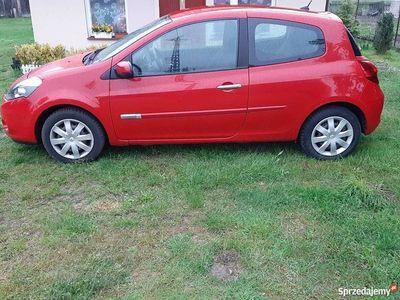 używany Renault Clio 2010 rok