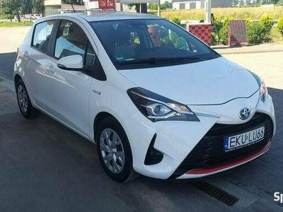 używany Toyota Yaris 1.5dm 73KM 2017r. 16 487km