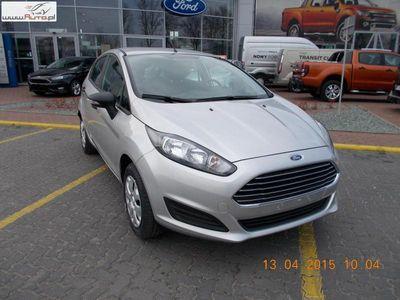 używany Ford Fiesta Silver X 1.2 Duratec AMBIENTE 2015r.