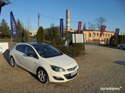 używany Opel Astra 1.4dm 140KM 2016r. 47 000km