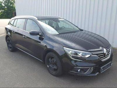 używany Renault Mégane 1.5dm 110KM 2017r. 95 377km