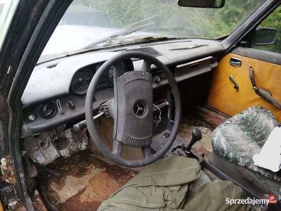 używany Mercedes W114