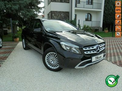 używany Mercedes GLA180 1.6dm 122KM 2019r. 15 600km