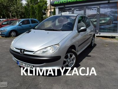 używany Peugeot 206 1.1dm 60KM 2004r. 92 039km