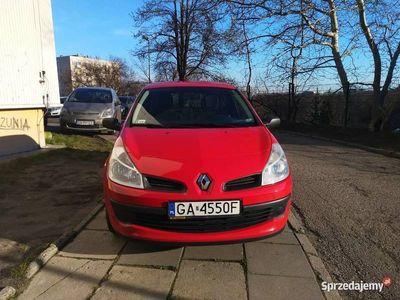 używany Renault Clio III 1,2 75 KM