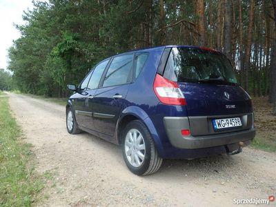używany Renault Scénic II 2.0 dci 150 KM
