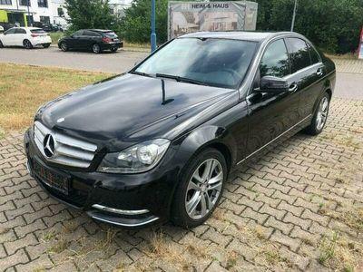 używany Mercedes C180 1.8dm 156KM 2012r. 138 000km