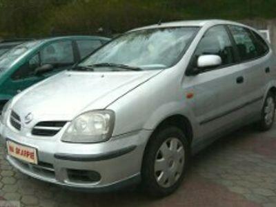 używany Nissan Almera II TINO GAZ